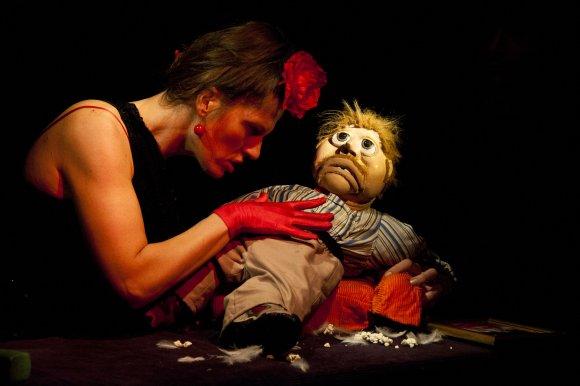 fotografia teatralna lalka też człowiek
